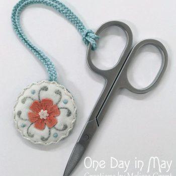 Petite Blooms Scissor Fob