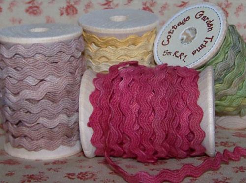 Cottage garden threads ricrac