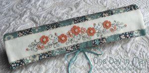 Petite Blooms - Needlework Roll