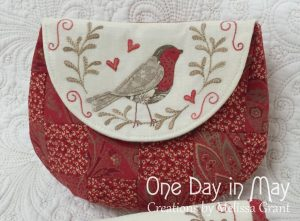 Red Robin Lined Pouch