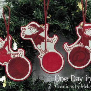 Sandy's Swinging Elves ~ Christmas decorations and mobile
