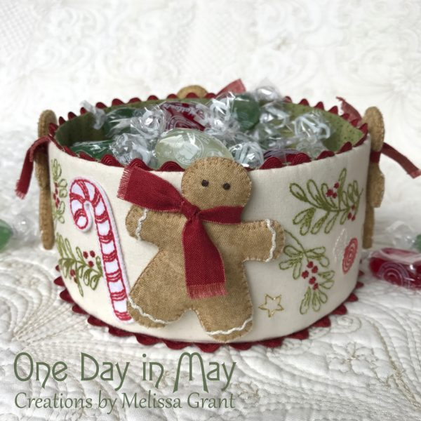 Sweet Treats - Christmas fabric bowl with dimensional gingerbread men
